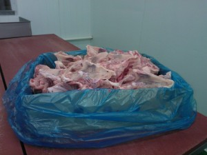 Dog Food Fresh chicken carcass 10kg boxes ( collection only)